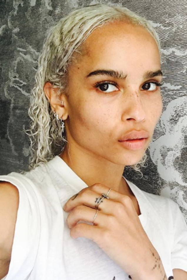 zoe-kravitz-platinum-blonde